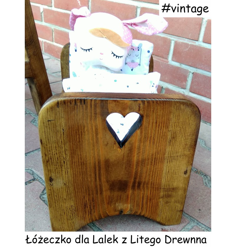 Łóżeczko dla lalek drewniane VINTAGE olejowane wycięte serce